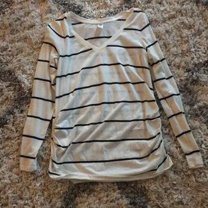 Black & White stripped long sleeve Old Navy tee